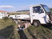 kamionet per pjes mercedes mb 100 diesel