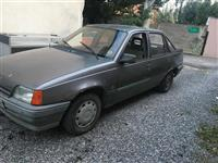 Opel Kadet 1.3 Benzin - I qlajmruar