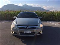 Opel astra e ardhur nga zvicra