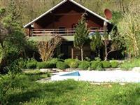 Villa prej 400m2 ne Reqan Prizren Rruges per Prev