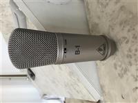 Shes Mikrofonin per studio