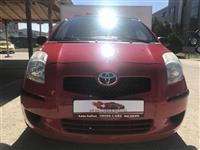 Toyota Yaris 1.0 benzin