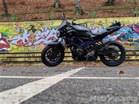 Shes Yamaha MT 07 me shum opcione