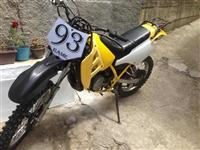 Suzuki kros 125cc.. Me dokumenta