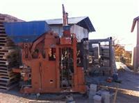 Maqin per prodhimin e kubzave te betonit