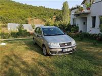 Shitet vetura Fiat Punto 1.2 Benzin, viti 2005