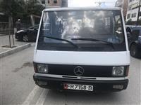 Fugon mercedes benzMb100