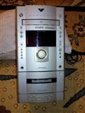 Studio (radio) me cd,kaset,aux,dhe fm stereo