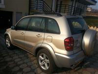 Toyota RAV4. Petrol