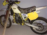 Motorr cross kross 250cc