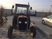 shitet traktori
