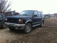 Ford Explorer 4x4 Automatic,1994, targa te Kosoves