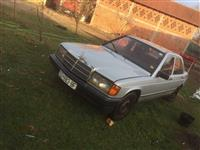 Shes Mercedes-benz 190d