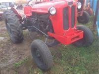 Shitet traktori558