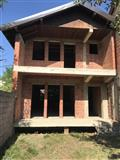 Shtëpia në shitje