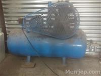 SHES KOMPRESOR 250 L, 2 pistone, 7.5 kw