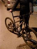 Ne gjendje shume te mir biciklet ka 4 se esht bler