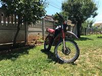 Shes motokros