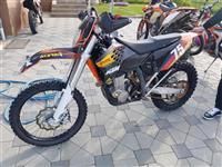 ESHTE SHITUR **KTM 450 EXC-R