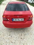 Mercedes c 200 i kuq