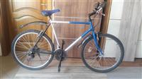 Shitet biciklla 75€ baj edhe ndrrim me motorr 49cc
