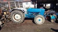 Traktor Ford 4X4