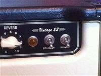 Amplifikator per kitare elektrikonike