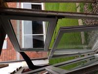 4 Dritare Plastikes