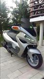 Skuter MALAGUTI 125 cc