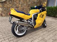 Suzuki Gsx-R1100.Ndrrim me kross 125 cc