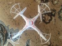Dronë me Kamer