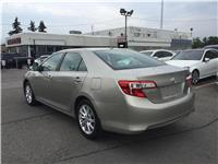 Toyota Camry LE - BLUETOOTH
