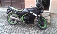 Shitet ose ndroher honda 250 cc