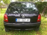 shitet Opel Corsa 1.4 benzin 10 muaj rks