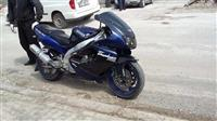 Yamaha 1000cc R1