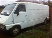 Renault 2.5