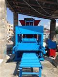 Maqin per prodhimin e pllakav nga betoni-kocka
