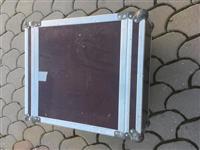Kofer per sllejv