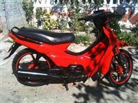 Honda super astra japonez  97 cc me letra 49cc