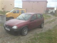 Opel Corsa 1.2 benxi ardhur nga  jashti
