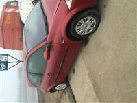 Shitet Renault 1.5 Cdi me nje defekt ne rym
