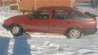 Opel ascona 1.8
