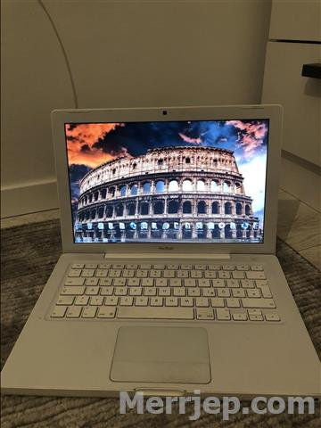 Shes-laptop-Apple-232-gb
