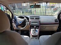 Shes veturen Fiat Croma 2006 me super cmim!