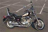Yamaha Virago 750, 5 canta helmeta dhe jelek lekur