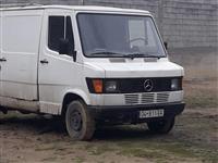 Mercedes Benz 307 D