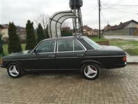 Mercedes 200 ne gjendje te rregullt -83