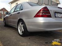 Mercedes C220 - 2001