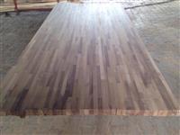 Panela te lameluar nga druri