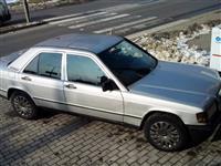 She's ose nderoj veturen Mercedes 190